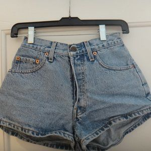 LEVI STRAUSS & CO Jean Shorts
